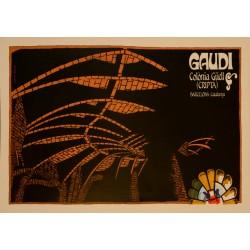 GAUDI COLONIA GÜELL - CRIPTA