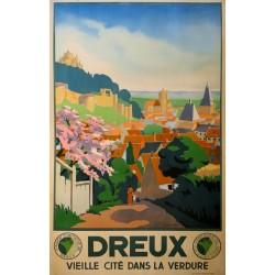 DREUX VIELLE CITE DANS LA VERDURE (NORMANDIE)...