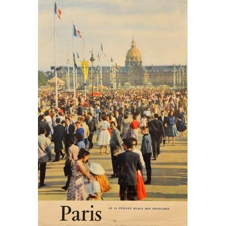 PARIS. LE 14 JUILLET PLACE DES INVALIDES