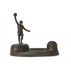 SOCCER. BRONZE WRITING-CASE. GOALIE. Ca. 1910