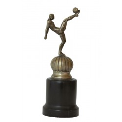 SOCCER. METAL AND WOOD TROPHY. Ca. 1930