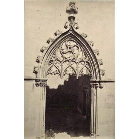 POBLET (TARRAGONA), Puerta de Monasterio