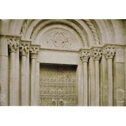 BARCELONA, Detalle de Pórtico de Sant Martí de Provençals