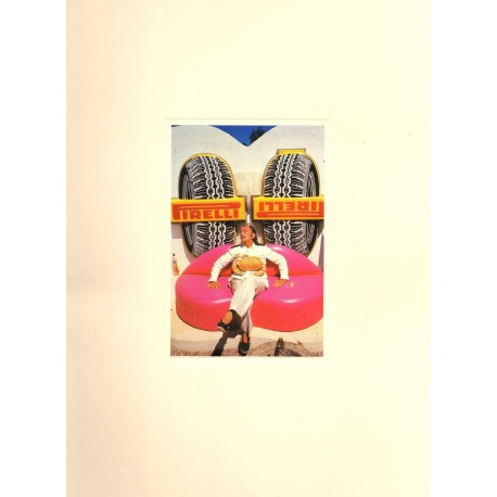 CARPETA PUBLICITARIA DE PIRELLI CON 9 FOTOGRAFIAS (40 x 30 cm. U.) DE SALVADOR DALÍ.FOT. R.WHITAKER