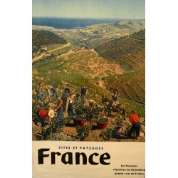 FRANCE. LES PYRENEES. VIGNOBLES DU ROUSSILLON. GRANDS CRUS DE FRANCE