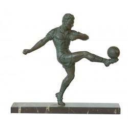 FOOTBALL. BRONZE. PATINE VERT. Vers 1930