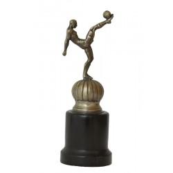 FOOTBALL. TROPHÉE DU MÉTAL ET DU BOIS. Vers 1930